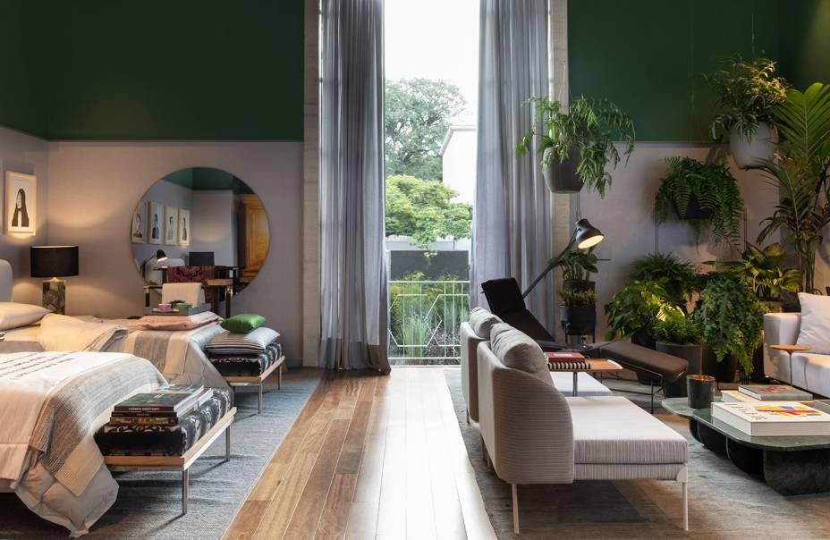 quarto verde e com plantas