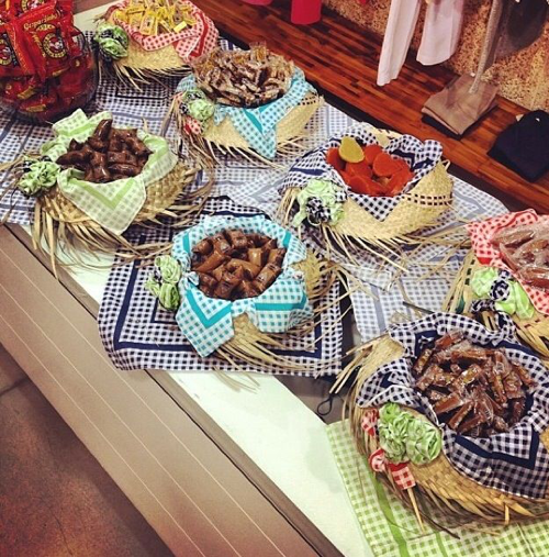 Chapéu como item decorativo de mesa de festa junina