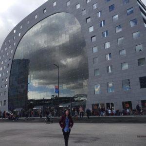Destino de hoje: a holandes-O Markthal ou Market Hall a Rotterdam -