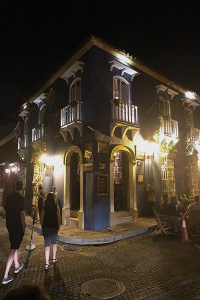 Plaza de Las Bovedas em Cartagena