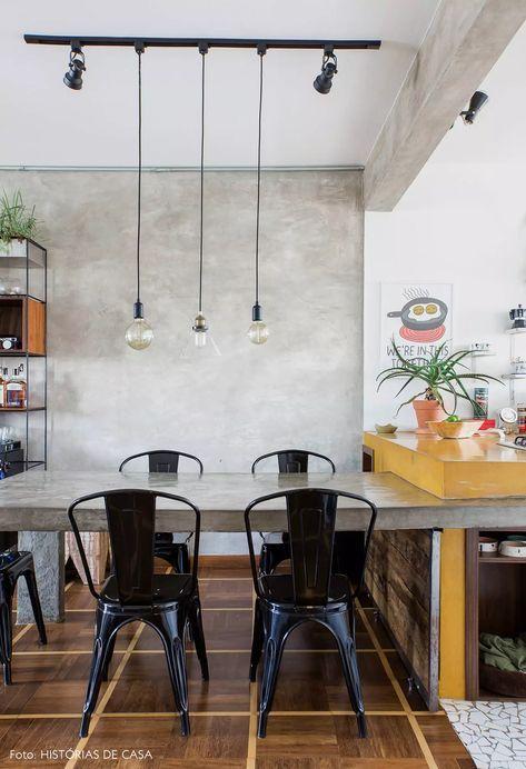 Sala de jantar industrial e pendente com lâmpadas de filamento
