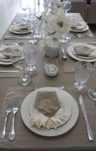 mesa posta para o dia das mães clássica