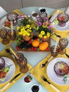 mesa posta tropical para o dia das mães