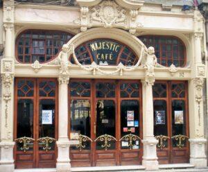 café antigo em Porto, com mais de 100 anos