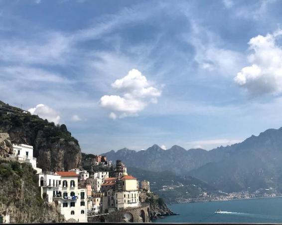Casinhas coloridas na Costa Amalfitana