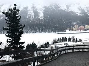 paisagem com neve da Suíça