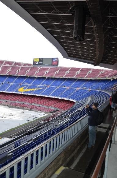 Extensa arquibancada do time de Barcelona