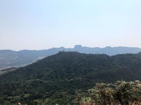 Vista do mirante do Pico do Itapeva, em Campos do Jordão