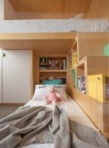 quarto infantil com marcenaria colorida e diferenciada