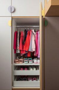 divisória interna do armário infantil