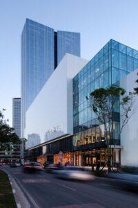 Imagem de edificios com fachada de vidro em São Paulo