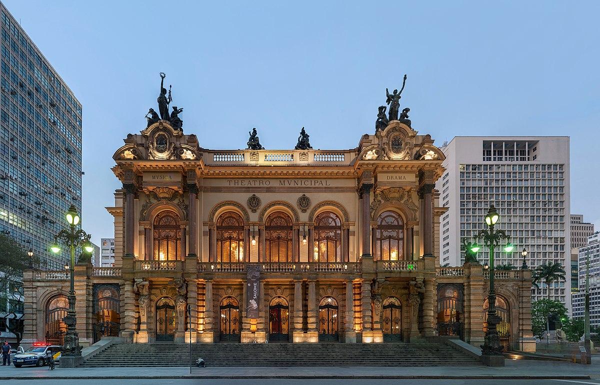 Interior do teatro de São Paulo